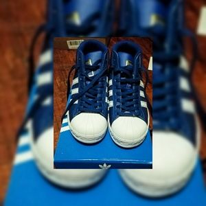 Brand New Big Kid Adidas Pro Model J size 3 1/2